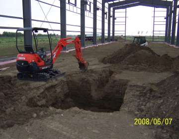 "Kubota Mini Excavator (7'6"" depth)"